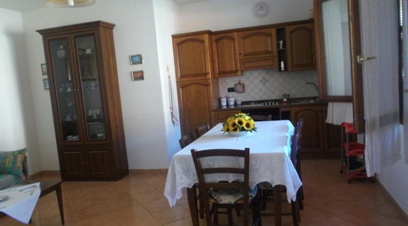cucina e pezzo soggiorno