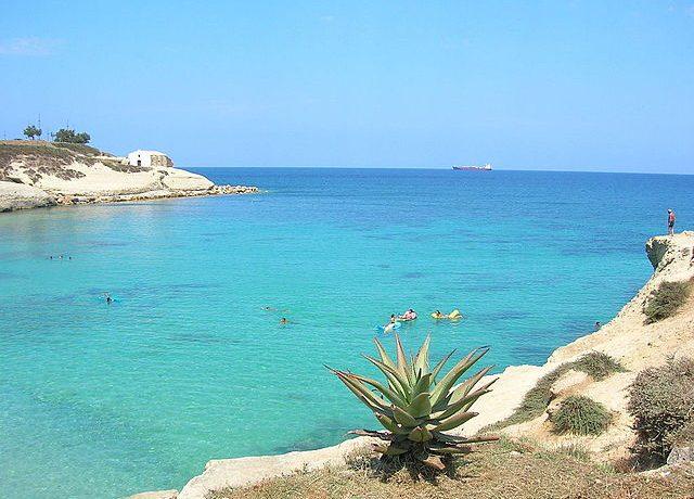 640px-Spiaggia_di_Balai,_Porto_Torres_(SS)
