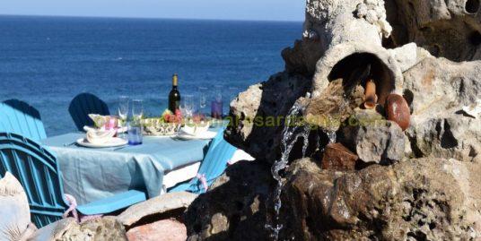 Villa a picco sul mare in affitto